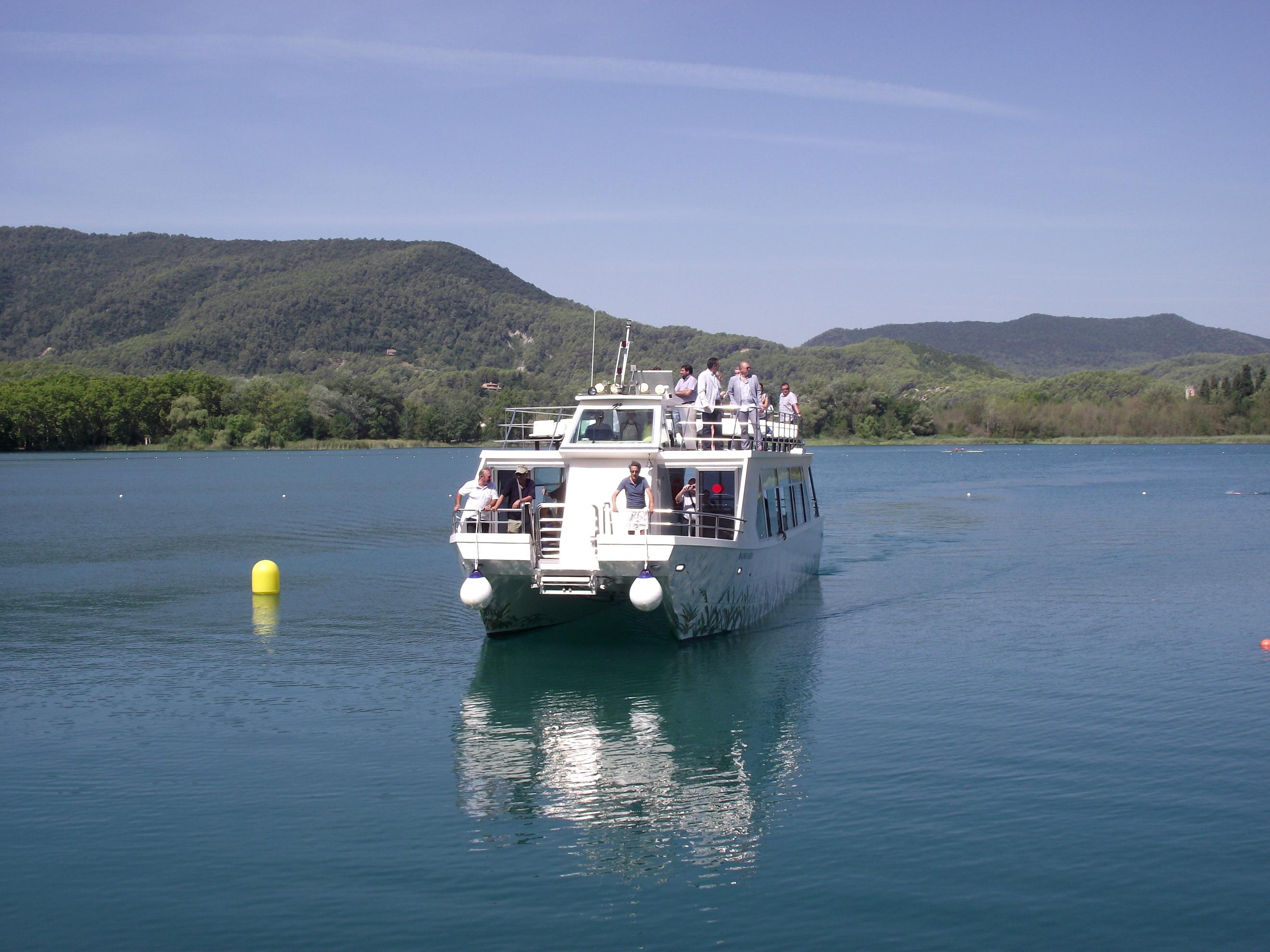 barca_tirona_banyoles_big.jpg - 1.36 MB