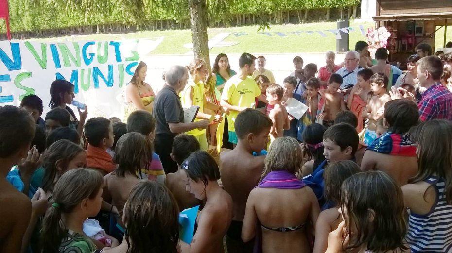Solsona 300 nens i joves a les activitats de les piscines for Piscines municipals girona